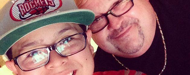 Rico Rodriguez mit seinem Papa