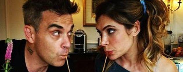 """Robbie Williams und Ayda Field imitieren eine Szene aus """"Susi und Strolch"""""""