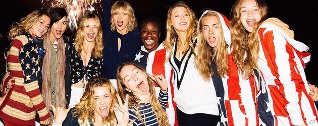 Ruby Rose, Taylor Swift & Co. beim Unabhängigkeitstag