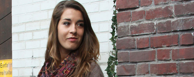 Sarah Bogen in Leggings