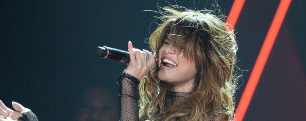Selena Gomez bei einem Auftritt im Smoothie King Center