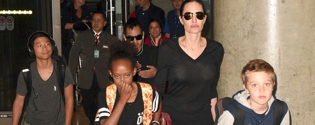 Angelina Jolie, Shiloh Jolie-Pitt, Zahara Marley Jolie-Pitt, Pax Thien Jolie-Pitt und Maddox Jolie-P