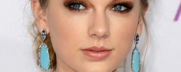 Taylor Swift auf den 39. jährlichen People's Choice Awards, 2013