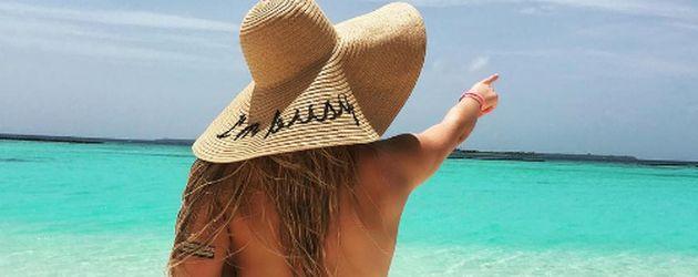 Schauspielerin Valentina Pahde während ihres Malediven-Urlaubs im Juli 2016