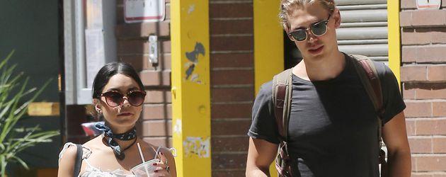 Vanessa Hudgens und Austin Butler in Soho, NYC
