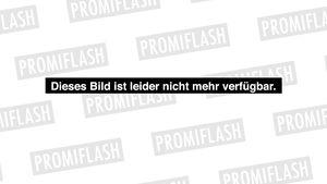 Mit Baby-Bauch: Elisabetta Canalis verzaubert München